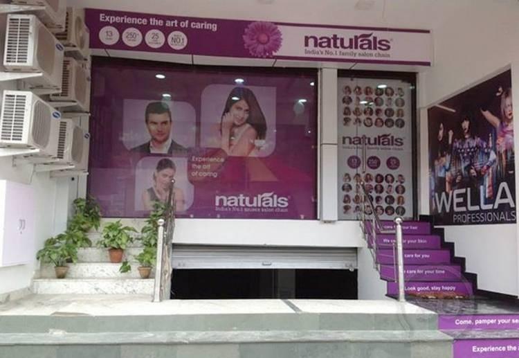 Naturals Salon