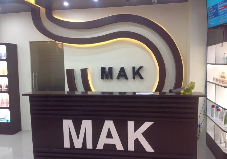 Mak Luxury Salon