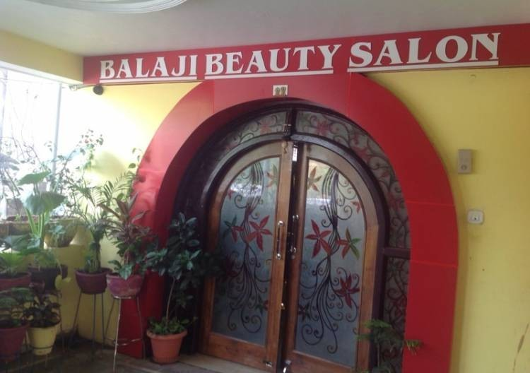 Balaji Beauty Salon For Men And Woman