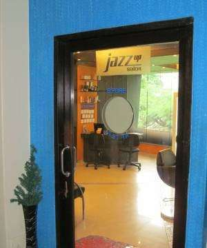 Jazz Up Salon
