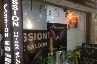 Passion Unisex Saloon